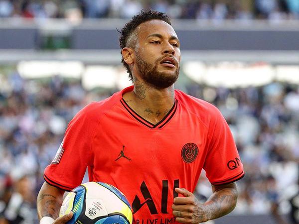 Camisa 10 do clube francês destacou que ainda sonha em ser o melhor do mundo. Foto: Facebook/Reprodução