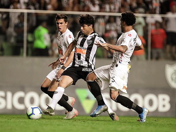 No Galo, atacante foi campeão da Libertadores de 2013. Foto: Bruno Cantini/ Agência Galo / Atlético