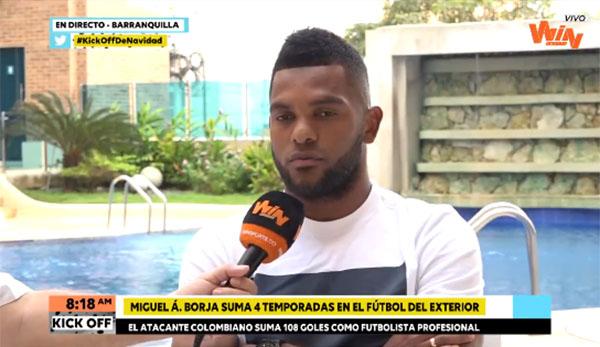 Atacante concedeu entrevista a canal colombiano. Foto: Reprodução/Twitter