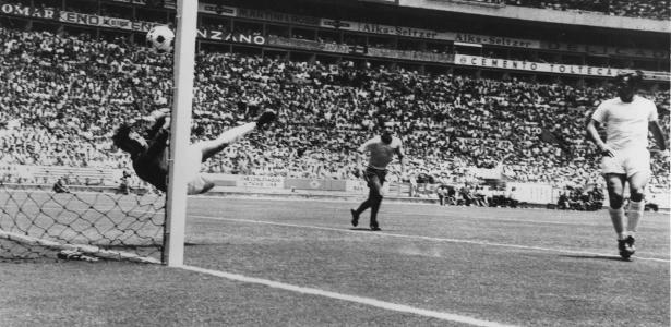 Gordon Banks parou uma cabeçada de Pelé no jogo disputado no dia 7 de junho de 1970