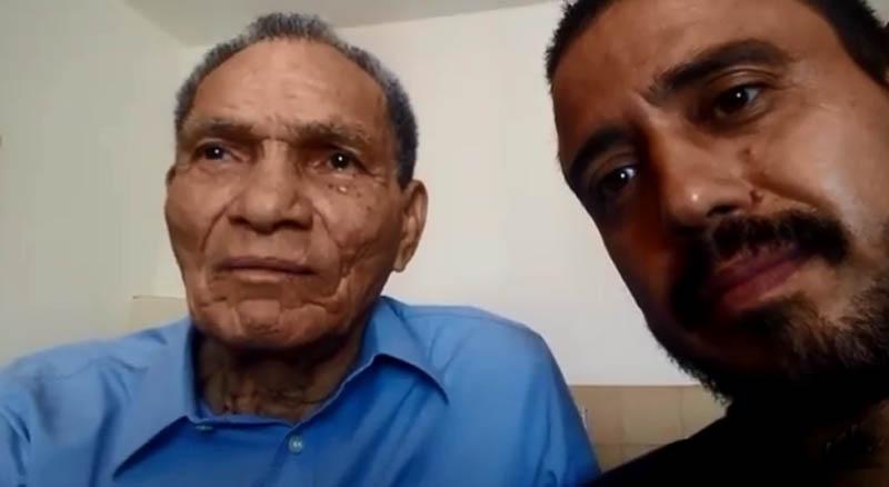 No Uruguai, ex-goleiro falou ao lado de um amigo. Foto: Reprodução