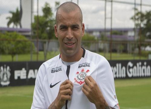 Emerson Sheik voltou ao Corinthians depois de passagens por Flamengo e Ponte Preta