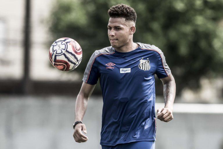 Felippe Cardoso está perto de ser anunciado pelo clube carioca. Foto: Ivan Storti/Santos FC