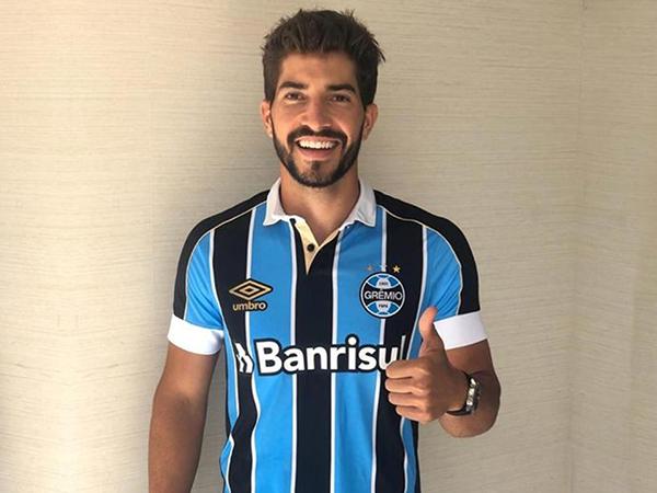 Ex-Cruzeiro e Real Madrid, o volante estava livre no mercado. Foto: Grêmio/Divulgação