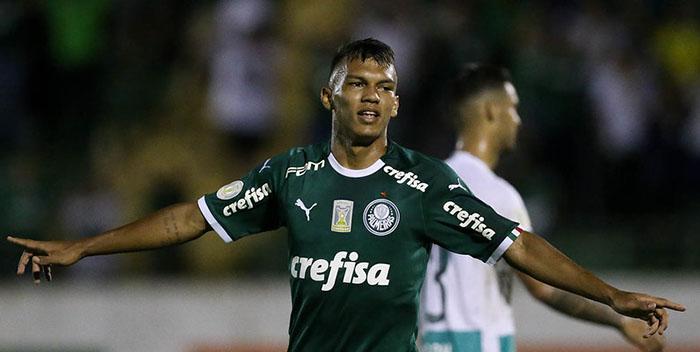 Atacante Veron é uma das esperanças para a temporada. Foto: Cesar Grecco/Ag Palmeiras