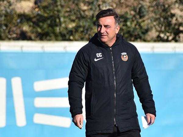 Técnico do Rio Ave, Carlos Carvalhal é o principal alvo da equipe de Bragança. Foto: Facebook/Reprodução
