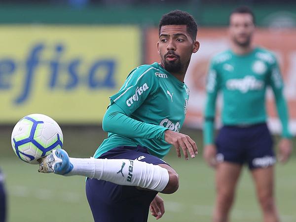 Matheus Fernandes entrou no radar da equipe espanhola. Foto: Cesar Greco/Palmeiras