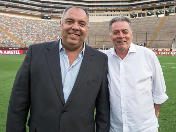Mesmo apoiado por Marcos Braz (esq), Paulo Pelaipe foi desligado do clube. Foto: Alexandre Vidal/Flamengo