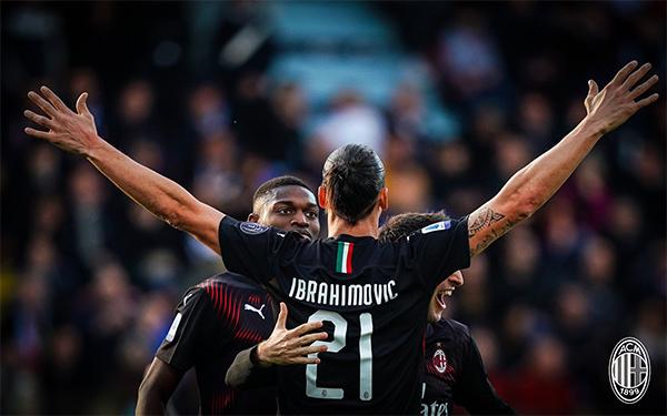 Sueco fez um dos gols no triunfo sobre o Cagliari. Foto: Reprodução/Twitter