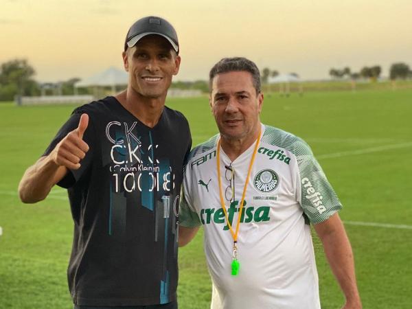 Rivaldo encontrou seu ex-treinador na preparação do Verdão para a Flórida Cup. Foto: Instagram/Reprodução