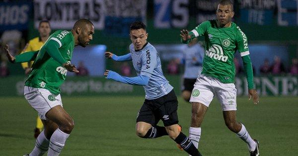 O empate deixa o Grêmio com 27 pontos, na quarta colocação