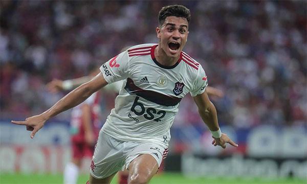 Reineir vai se juntar ao clube espanhol após o Pré-Olímpico. Foto: Reprodução/Twitter Flamengo