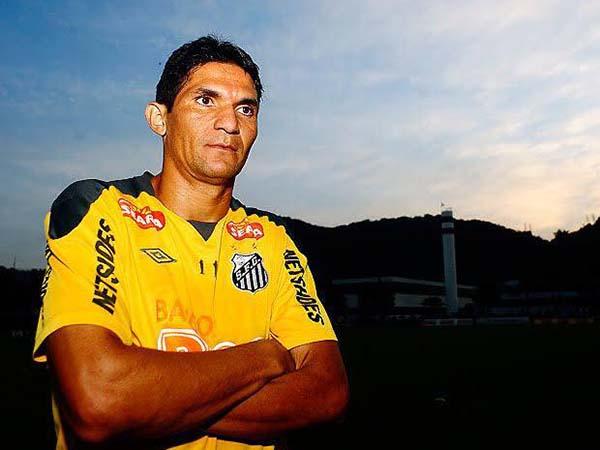 No Peixe, Durval conquistou seis títulos. Foto: Santos/Divulgação