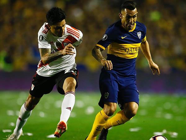 Atacante do Boca Juniors assinaria contrato de seis meses com os Red Devis, diz jornal. Foto: Boca Juniors/Divulgação
