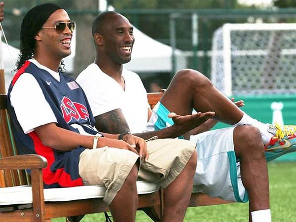 R10 destacou sua amizade com Kobe Bryant. Foto: Twitter/Reprodução