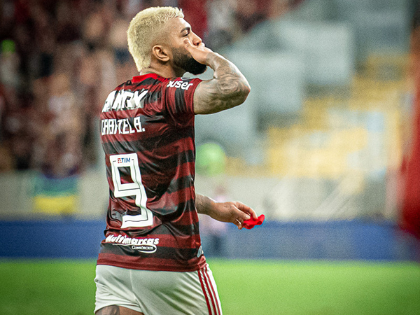 Artilheiro rubro-negro em 2019, o camisa 9 se torna a contratação mais cara da história do clube. Foto: Alexandre Vidal/Flamengo