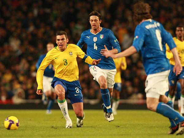 Campeão com a seleção brasileira, o zagueiro estava no Brasiliense. Foto: Rafael Ribeiro / CBF