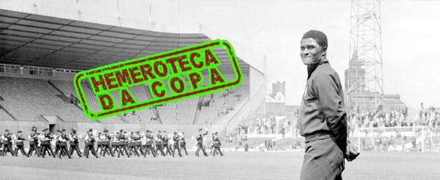 Confira a foto do Pantera Negra no estádio Old Trafford em 1966