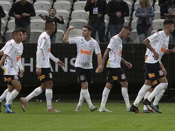 Timão sofreu gols em todos os jogos de 2020. Foto: Twitter Corinthians/Reprodução