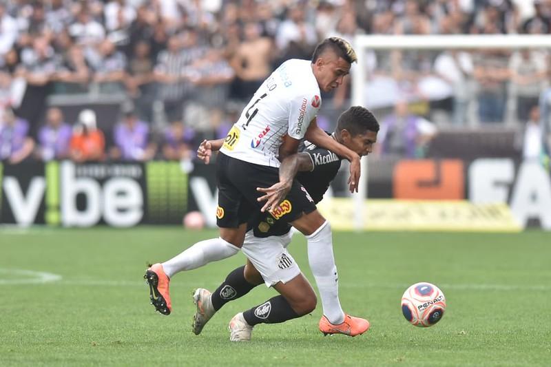 Clássico alvinegro foi o último jogo do Timão antes da estreia na Libertadores. Foto: Ivan Storti/Santos FC