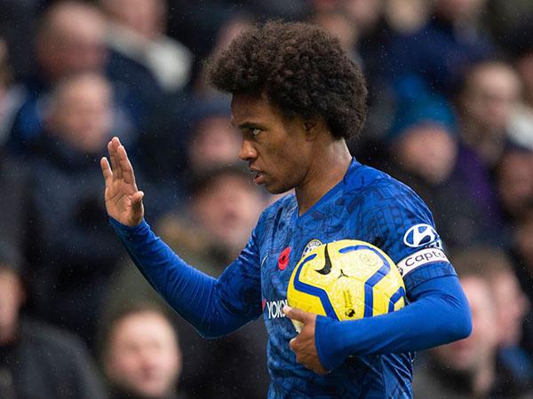 Meia pretende seguir no futebol inglês. Foto: Facebook/Reprodução