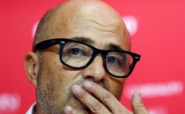 """Técnico afirmou que seria uma """"irresponsabilidade"""" cancelar acordo com o Sevilla"""