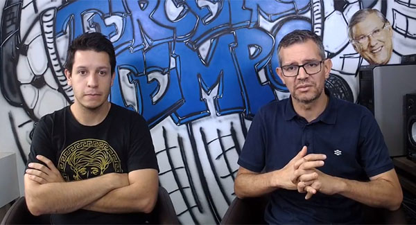 Lucas Reis e Frank Fortes debatem diariamente na redação do Terceiro Tempo. Foto: Reprodução