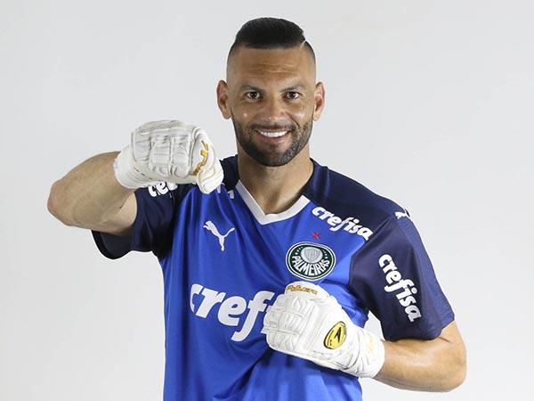 Arqueiro alviverde tinha vínculo até o fim de 2022 com o clube. Cesar Greco/Divulgação