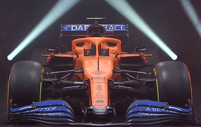 Novo carro de Woking mantém o padrão laranja e azul. Foto: Reprodução