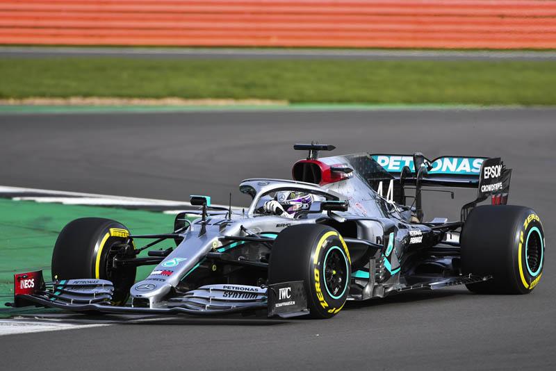 Novo modelo é a aposta do time para o sétimo título consecutivo. Foto: Mercedes-AMG F1