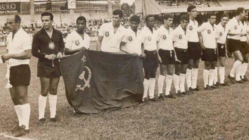 Imagem de 1966, quando o Corinthians enfrentou a URSS. Foto: Reprodução