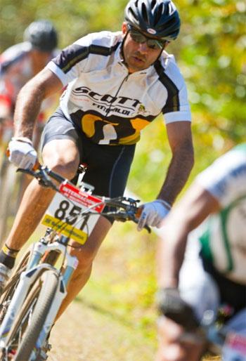 Ele vai correr em parceria com Odair Pereira, campeão do Iron Biker em 2003