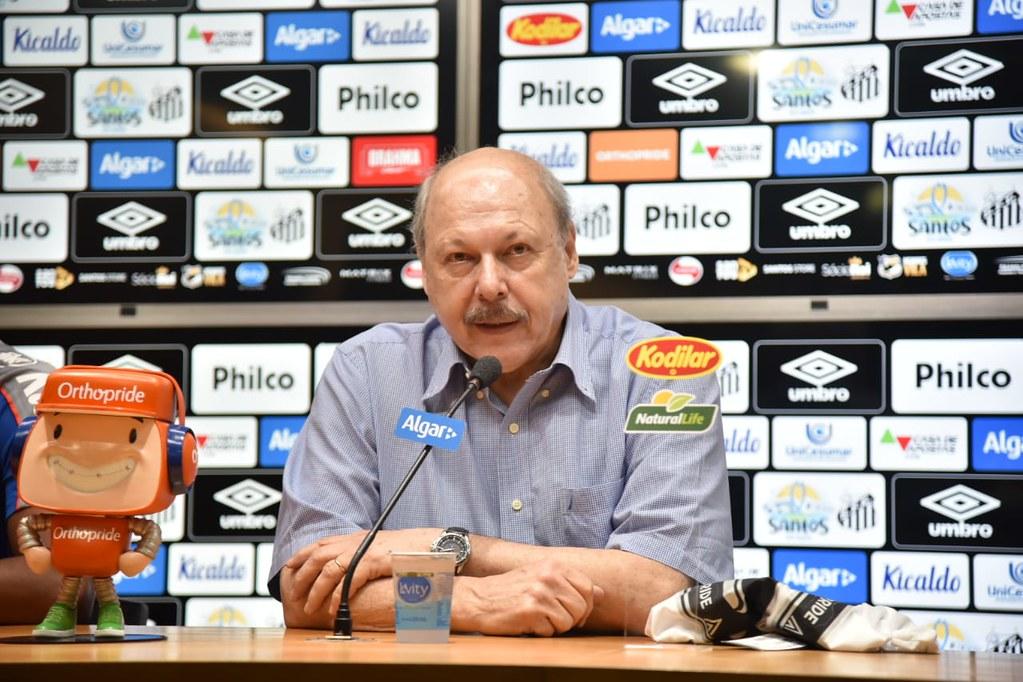 Peres afirmou que o Mengão paga salários de nível europeu. Foto: Ivan Storti/Santos FC