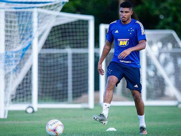 Reforço assinou contrato de cinco anos com o Timão. Foto: bruno Haddad/Cruzeiro