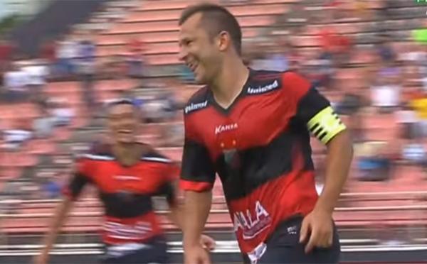 Veterano Corrêa comemora segundo gol do Ituano. Foto: Reprodução/Canal Premiere