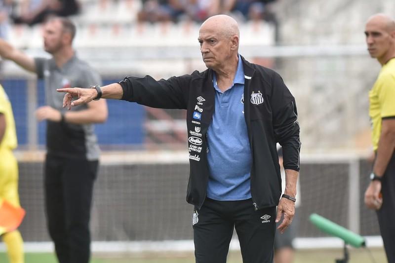 Treinador português está pressionado pelo desempenho ruim da equipe em 2020. Foto: Ivan Storti/Santos FC