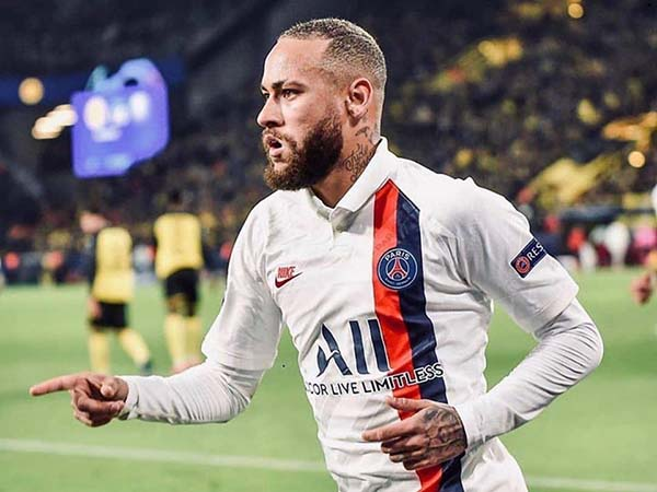 Atacante brasileiro teria se irritado com o comandado técnico do clube francês. Foto: Facebook/Reprodução