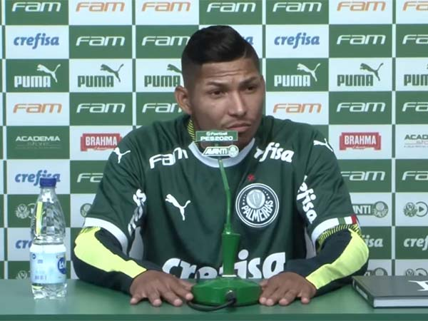 Atacante ex-Athletico recebeu a camisa 11 do Verdão. Foto: TV Palmeiras FAM/Reprodução