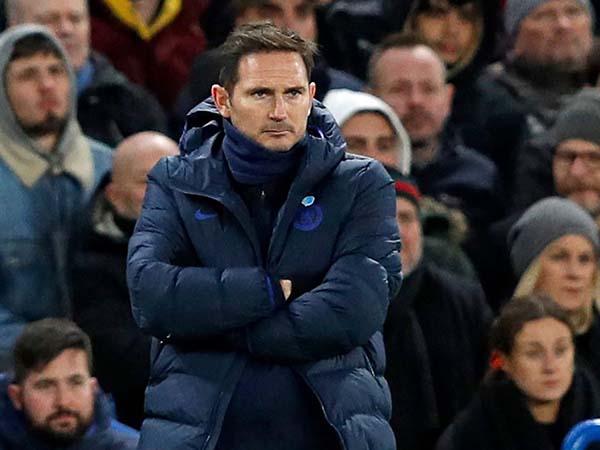 Técnico Frank Lampard prepara grande renovação no elenco dos Blues. Foto: Facebook/Reprodução