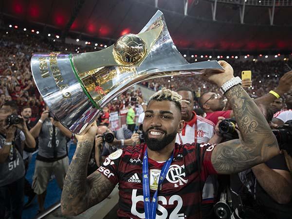 Atual campeão, Flamengo estreará diante do Atlético-MG. Foto: Lucas Figueiredo/CBF