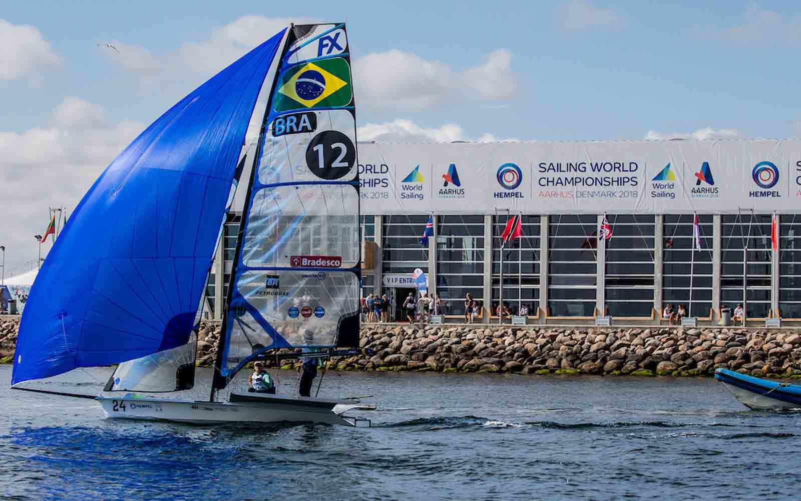 Vagas são nas classes Laser e 49er FX. Foto: Sailing Energy/World Sailing