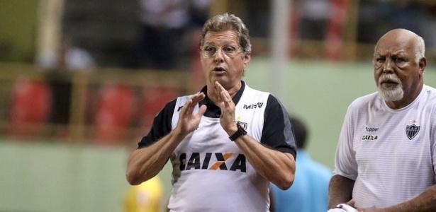 Oswaldo de Oliveira chegou com a missão de evitar qualquer risco de queda à Série B do Campeonato Brasileiro. Foto: Bruno Cantini/Atlético-MG