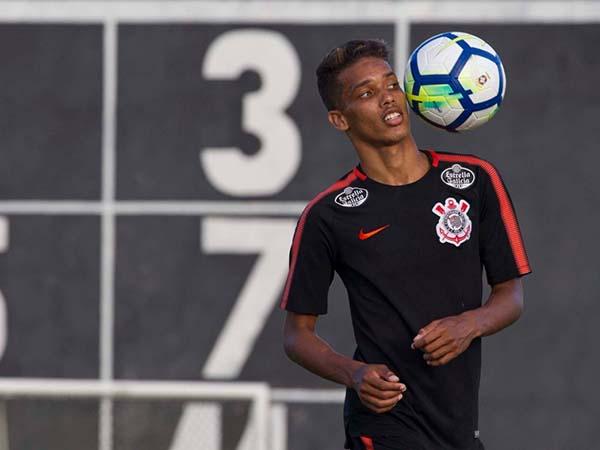Meia do Timão deve assinar com o Benfica nos próximos dias. Daniel Augusto Jr./Agência Corinthians