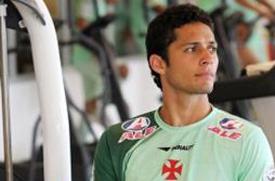 Jogador era um dos destaques na zaga cruzmaltina ao lado de Dedé