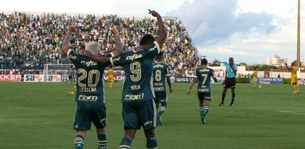 Lucas Lima e Borja estão entre os sete palmeirenses que iniciaram todos os jogos do ano