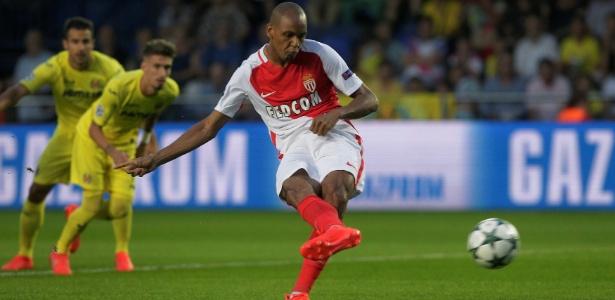 Lateral brasileiro vive grande momento no Monaco