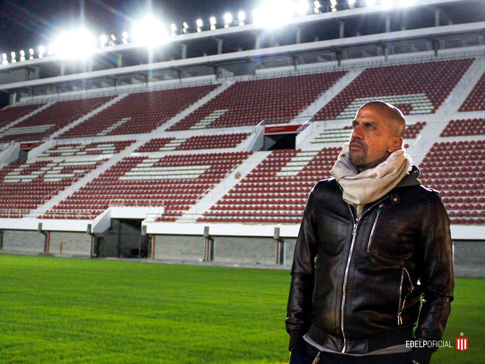 Ídolo argentino destacou que tentará fazer proposta pelo são-paulino. Foto: Facebook/Reprodução
