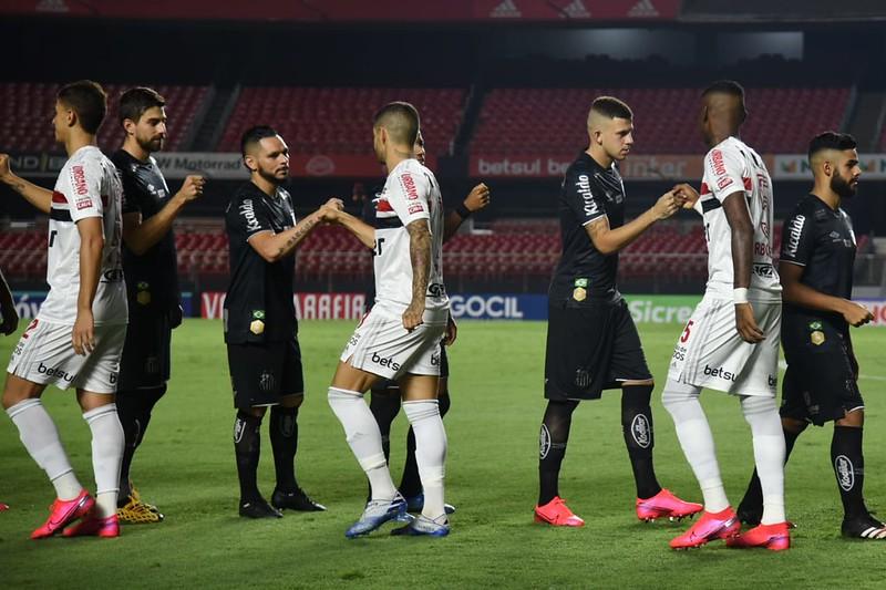 Representantes de jogadores alertam para possíveis atrasos de pagamento com a paralisação do futebol brasileiro. Foto: Ivan Storti/Santos FC