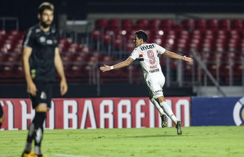 Atacante tricolor afirmou que Dani lhe passou confiança e tranquilidade para voltar a marcar. Foto: Rubens Chiri/sãopualofc.net