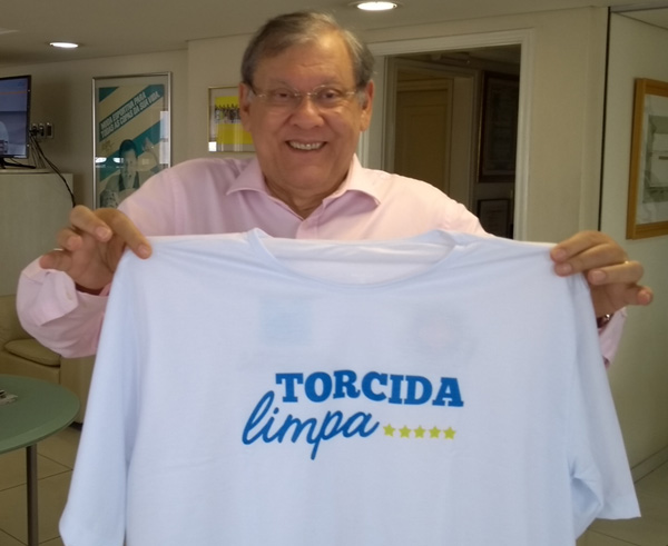 O apresentador Milton Neves também aderiu à campanha.Foto: Frank Fortes